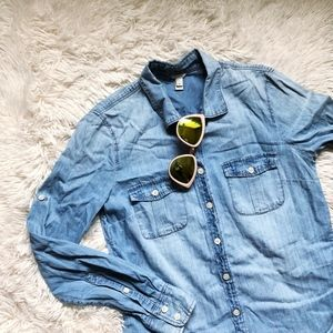 "J.CREW light blue ""worn"" chambray button down top"